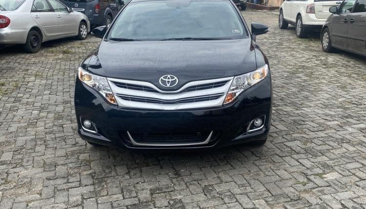 Fullest option 2013/2014 Toyota Venza Limited Edition-8