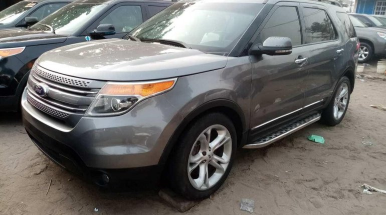 Foreign Used Ford Explorer 2013 Model Gray-0