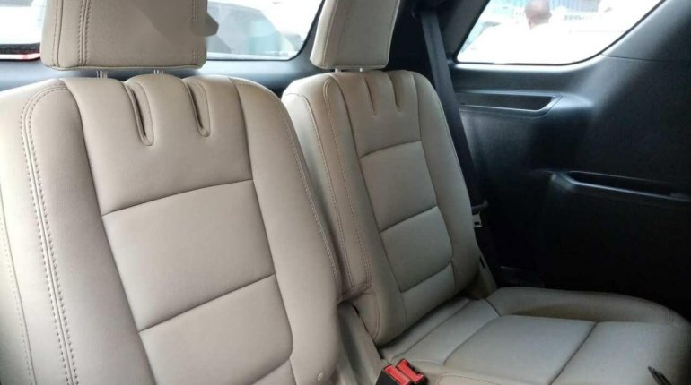 Foreign Used Ford Explorer 2013 Model Gray-4