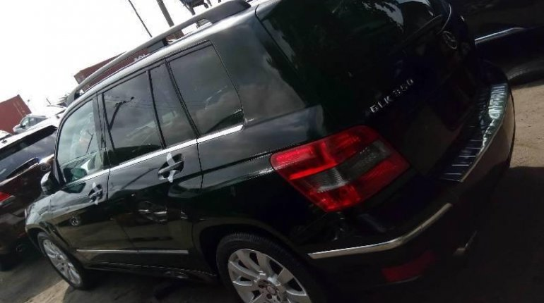 Foreign Used Mercedes-Benz GLK 2011 Model Black-4