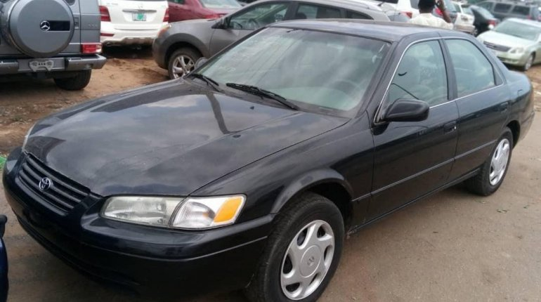 Foreign Used Toyota Camry 1998 Model Black-0