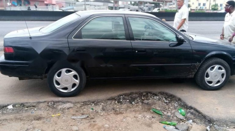 Foreign Used Toyota Camry 1998 Model Black-1