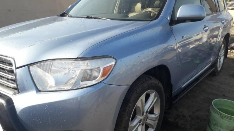 A year Naija Used 2008 Toyota Highlander for sale-0