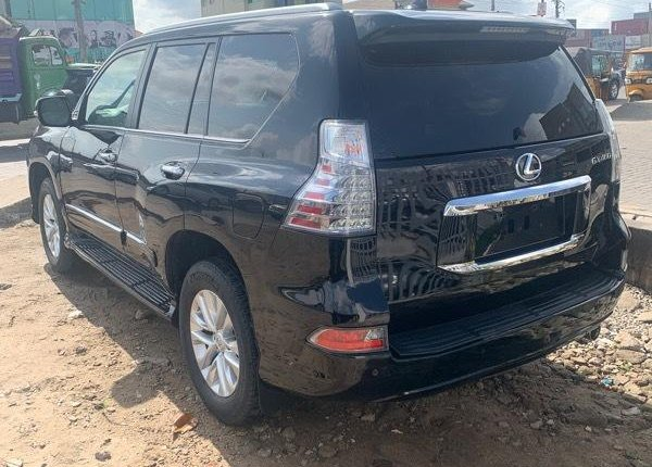 Foreign Used 2018 Black Lexus GX for sale in Lagos. -7