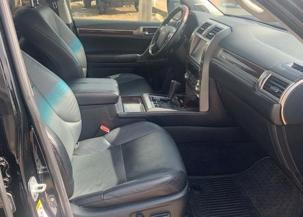 Foreign Used 2018 Black Lexus GX for sale in Lagos. -3