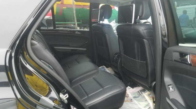 Foreign Used 2010 Mercedes-Benz ML350 for sale-8