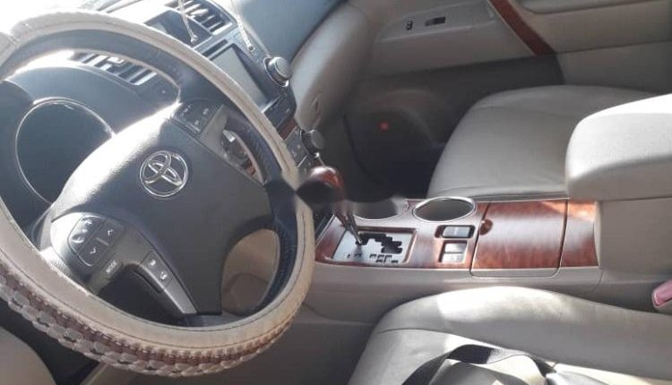 A year Naija Used 2008 Toyota Highlander for sale-7