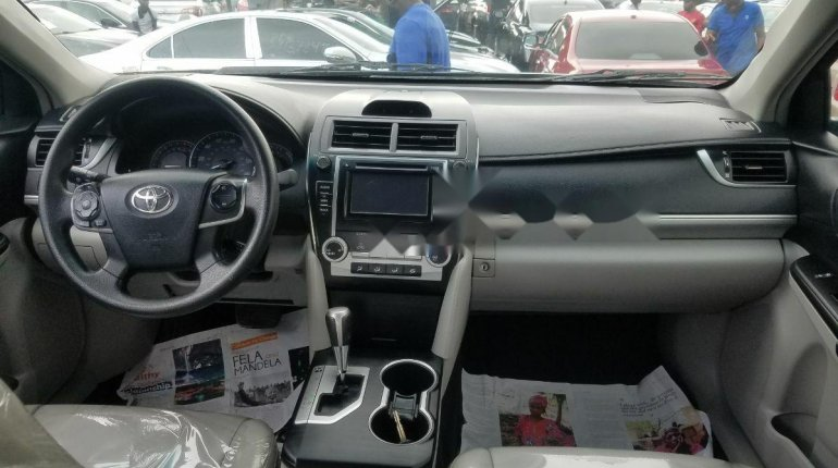 Super Clean Naija Used Toyota Camry 2013 Model for sale-8