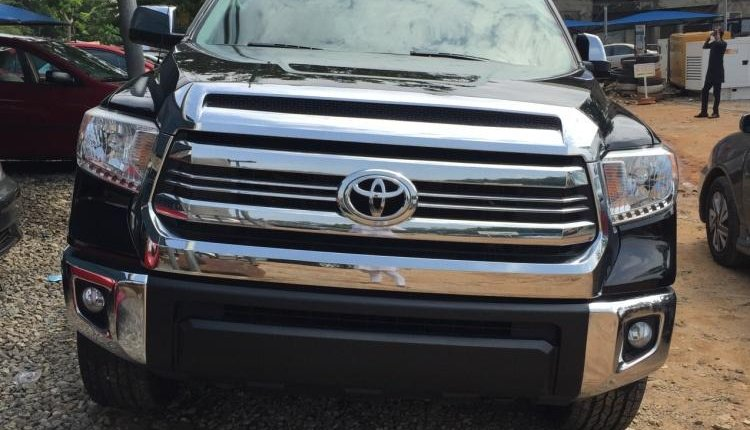 Foreign Used Toyota Tundra 2016 Model Black-0