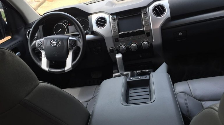 Foreign Used Toyota Tundra 2016 Model Black-4