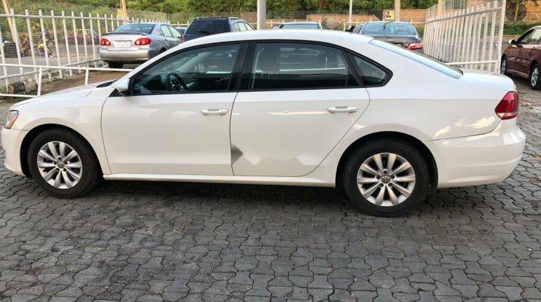 Foreign Used Volkswagen Passat 2012 Model White-10