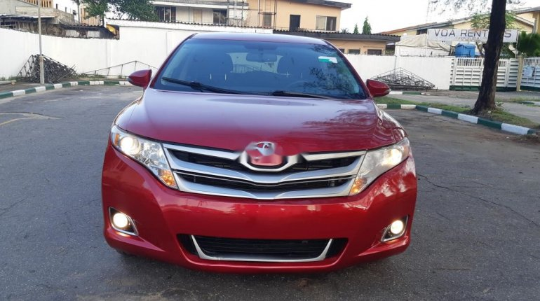 Foreign Used 2013 Maroon Toyota Venza for sale in Lagos. -1