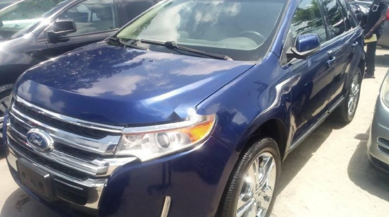 Foreign Used 2013 Blue Ford Edge for sale in Lagos. -0