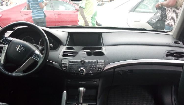 Foreign Used 2008 Green Honda Accord for sale in Lagos. -2