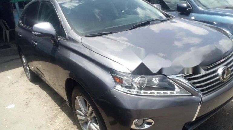 Foreign Used 2015 Grey Lexus RX for sale in Lagos. -1