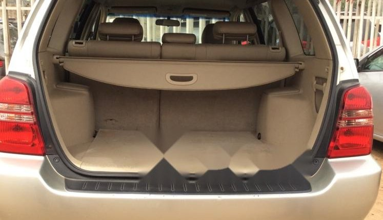 Foreign Used 2002 Toyota Highlander for sale in Lagos. -2