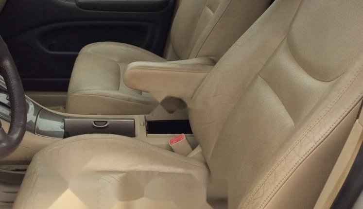 Foreign Used 2002 Toyota Highlander for sale in Lagos. -3