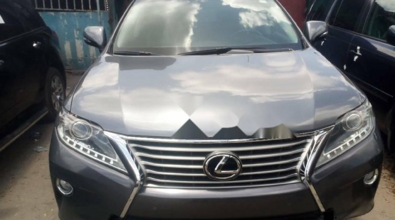 Foreign Used 2015 Grey Lexus RX for sale in Lagos. -0