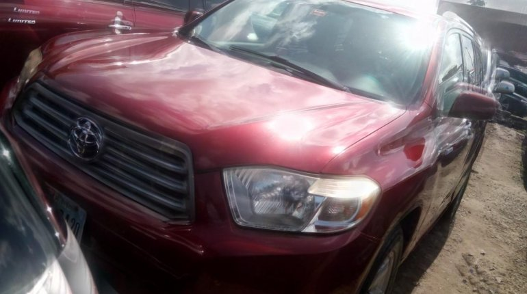 Super Clean Naija Used Toyota Highlander 2008 for sale-0