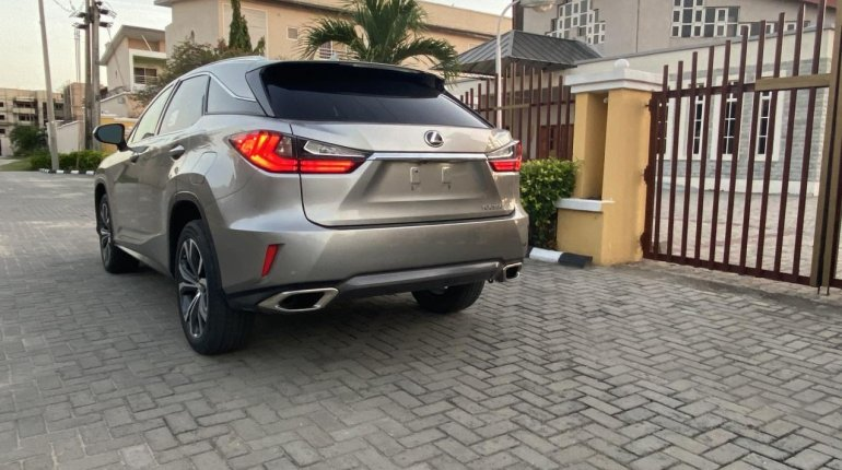 Foreign Used 2018 Lexus RX for sale in Lagos. -0