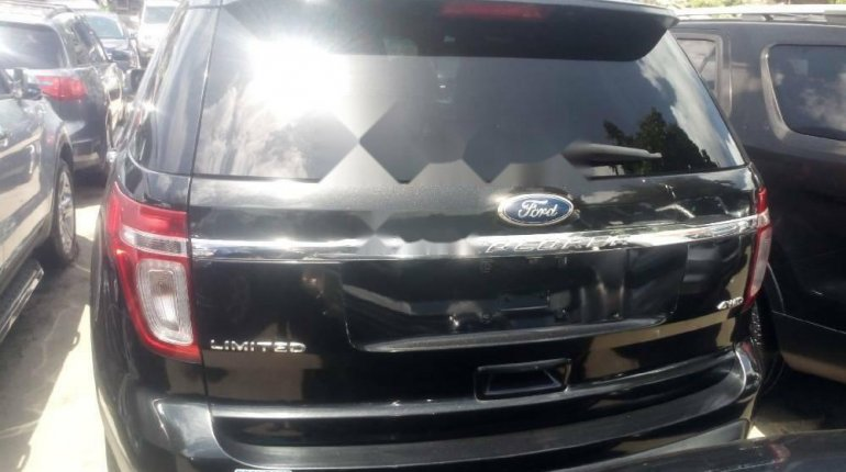 Foreign Used 2013 Black Ford Explorer for sale in Lagos. -7