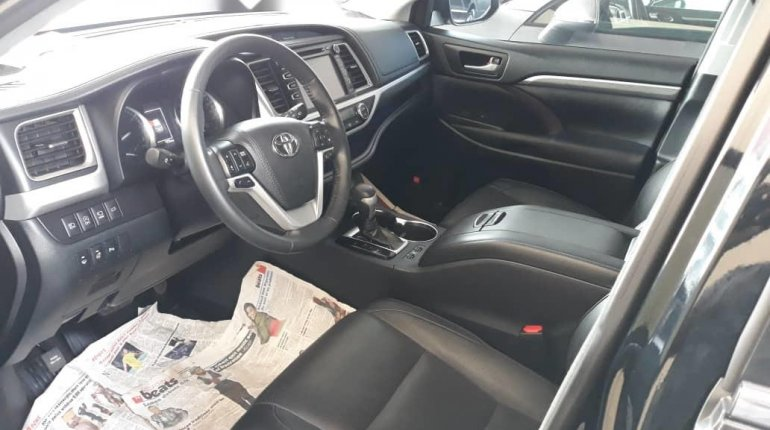 Super Clean Foreign Used 2018 Toyota Highlander LIMITED-1