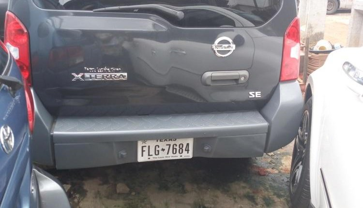 Foreign Used 2005 Grey Nissan Xterra for sale in Lagos. -5
