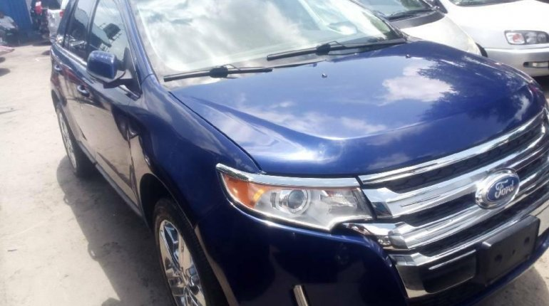 Foreign Used 2013 Blue Ford Edge for sale in Lagos. -1