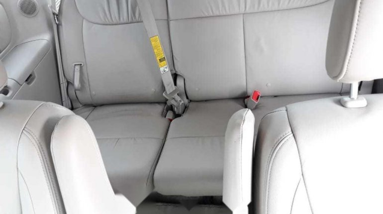 Foreign Used 2008 Toyota Sienna Limited XLE -4