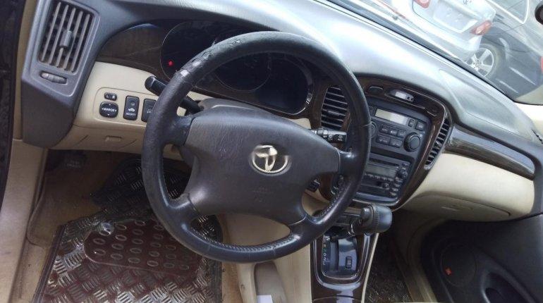 Naija Used Toyota Highlander 2003 Model for sale-4