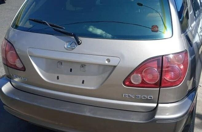 Super Clean Tokunbo Lexus RX 2000-1