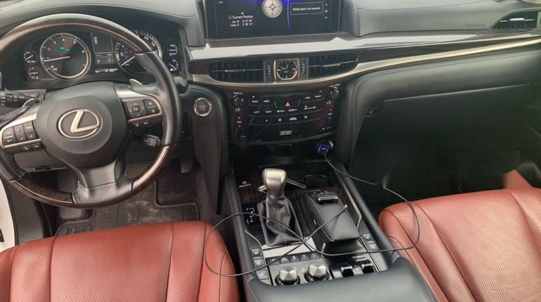 Super Clean Foreign Used 2016 Lexus 570 for sale in Lagos. -4