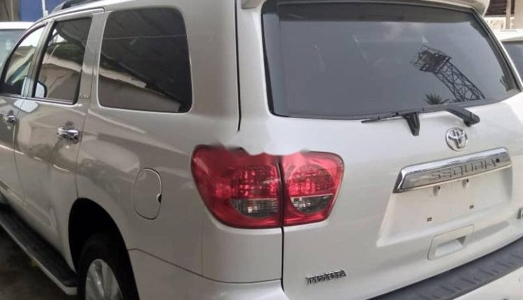 Foreign Used Toyota Sequoia 2010 Model White -9