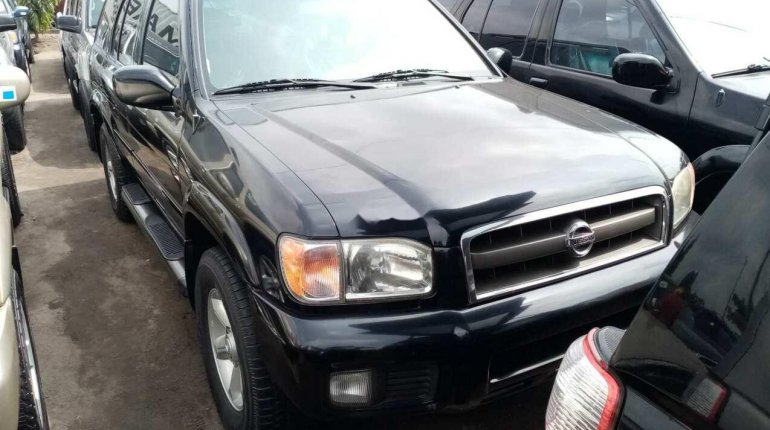 Clean Tokunbo 2003 Nissan Pathfinder for sale-1