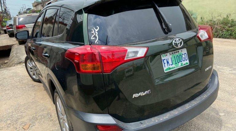 Nigeria Used Toyota RAV4 2014 Model Black-6