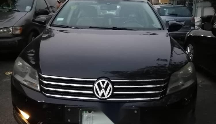 Nigeria Used Volkswagen Passat 2015 Model Black -0