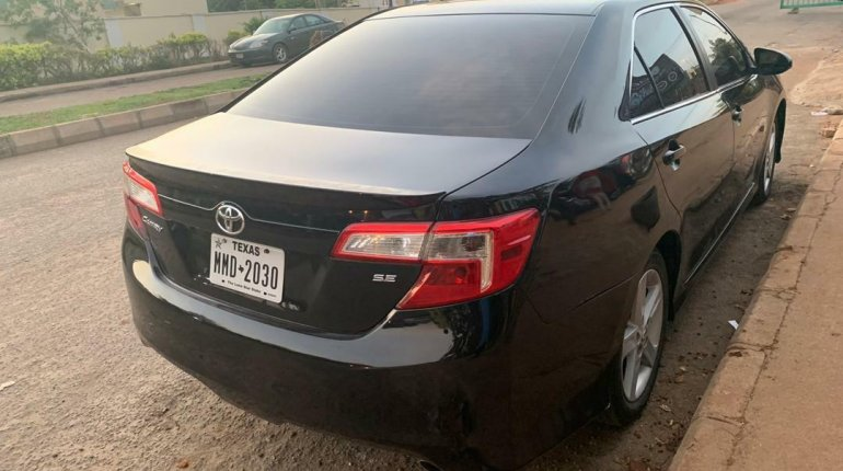 Foreign Used Toyota Camry 2014 Model Black-1