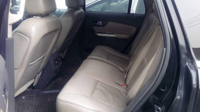 Nigeria Used Ford Edge 2013 Model Black-4