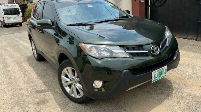 Nigeria Used Toyota RAV4 2014 Model Black-8