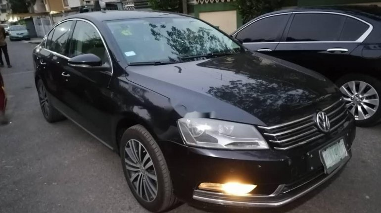 Nigeria Used Volkswagen Passat 2015 Model Black -3