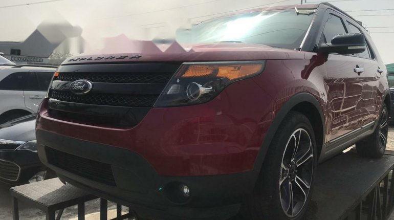 Foreign Used Ford Explorer 2014 Model Red-3