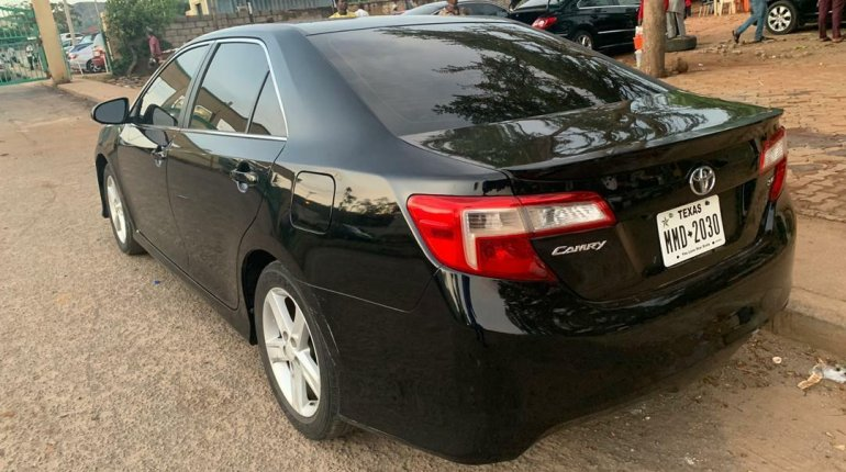 Foreign Used Toyota Camry 2014 Model Black-5