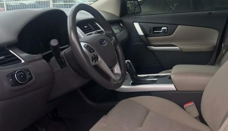 Foreign Used Ford Edge 2012 Model White-4