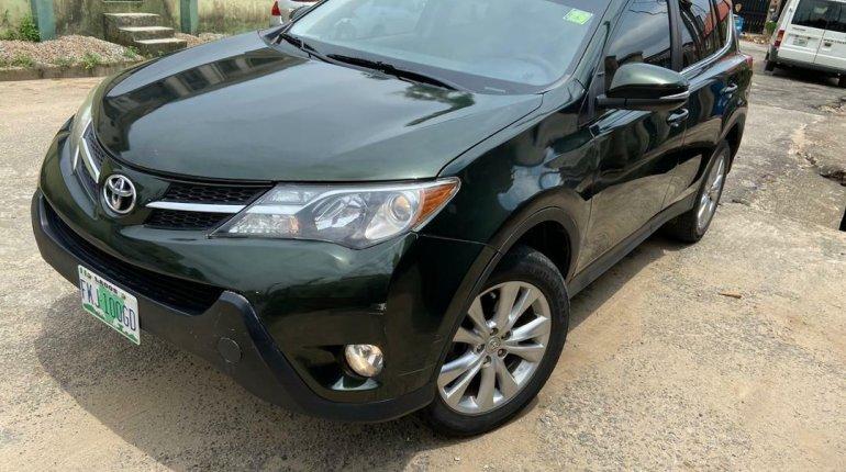 Nigeria Used Toyota RAV4 2014 Model Black-4