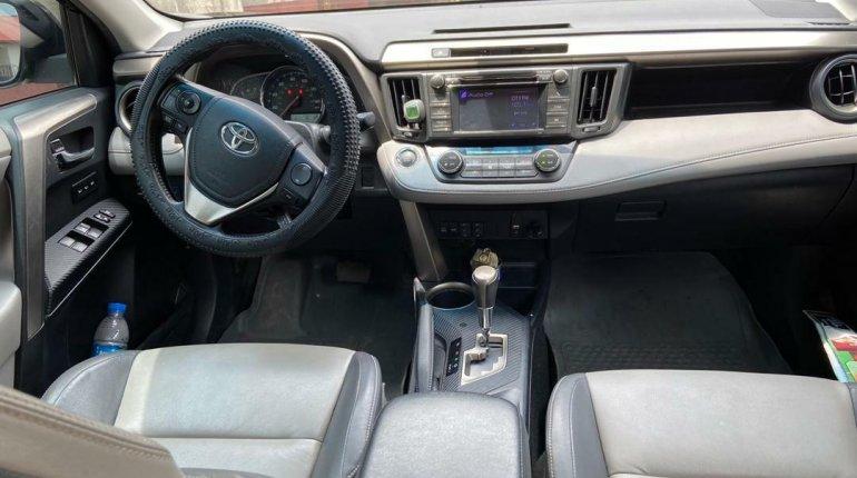 Nigeria Used Toyota RAV4 2014 Model Black-2