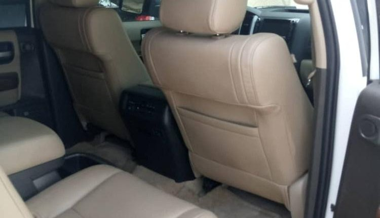 Foreign Used Toyota Sequoia 2010 Model White -3