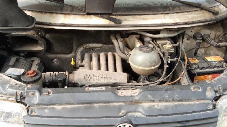 Super Clean Tokunbo Volkswagen Transporter 2000 ₦1,600,000 for sale-2