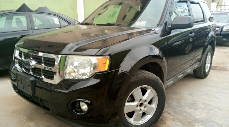 Foreign Used Ford Escape 2009 Model Black-2