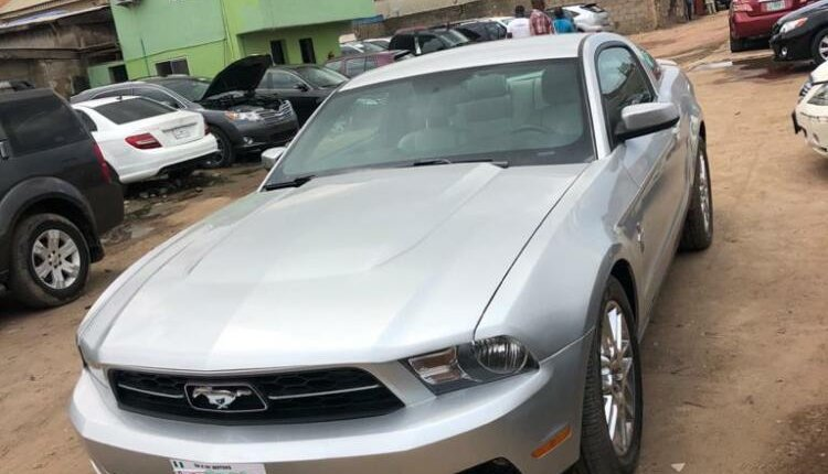 Foreign Used Ford Mustang 2012 Model Silver-1