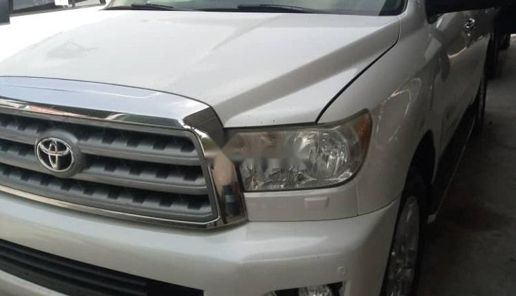 Foreign Used Toyota Sequoia 2010 Model White -4